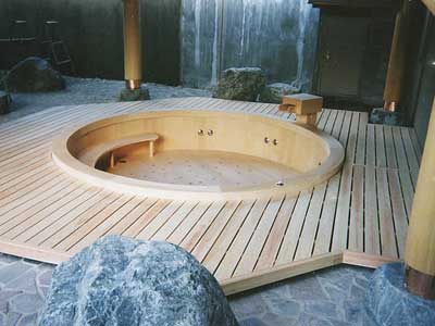 The Characteristic Of Wooden Bath